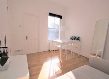 Thumbnail 2 bedroom flat to rent in Daventry Street, Marylebone
