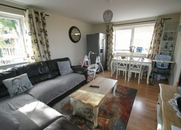 Thumbnail 2 bedroom flat for sale in Queens Avenue, London