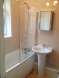 Thumbnail 4 bedroom shared accommodation to rent in Leeshall Cresent, Fallowfield, Manchester