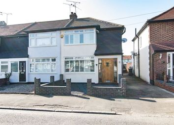 Thumbnail 3 bed property to rent in Avondale Drive, Loughton