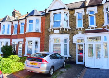 Thumbnail 1 bed flat to rent in Balfour Road, Ilford
