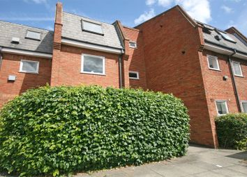 Thumbnail 1 bed flat to rent in Frascati Way, Maidenhead