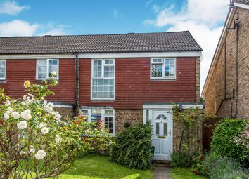 Thumbnail 3 bedroom detached house for sale in Maplefield, Park Street, St. Albans
