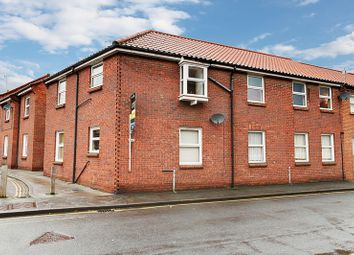Thumbnail 2 bed flat for sale in Grove Hill, Hessle