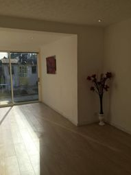 Thumbnail 3 bedroom shared accommodation to rent in Littlemore Road, Abbey Wood