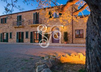 Thumbnail 11 bed farmhouse for sale in Piazza Armerina, Piazza Armerina, Enna, Sicily, Italy