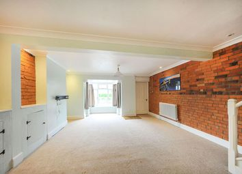 Thumbnail 2 bed property to rent in The Pippin, Calne