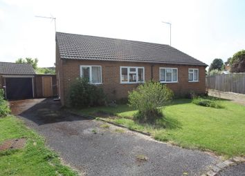Thumbnail 2 bed bungalow to rent in Rectory Road, Hook Norton