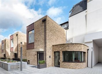 Thumbnail 3 bed semi-detached house to rent in Kings Cross, London