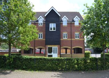 Thumbnail 2 bed flat to rent in Harbury Court, Queens Road, Newbury