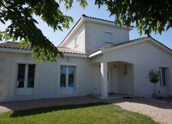 Thumbnail 4 bed property for sale in Aquitaine, Dordogne, Le Fleix