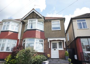 Thumbnail 2 bed flat for sale in St Margaret's Avenue, Whetstone, London