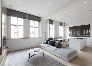 Thumbnail 2 bedroom flat for sale in Chiltern Court, Baker Street, Marylebone, London
