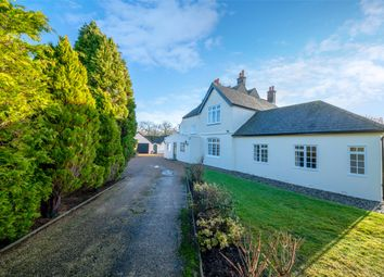 Thumbnail 5 bed detached house to rent in Haxted Road, Edenbridge, Kent