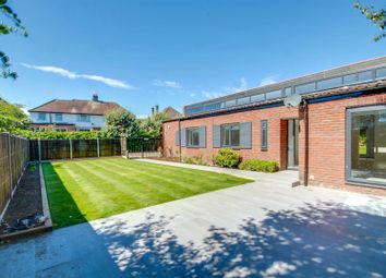 Chalet Bunglow, Shelley Close, Edgware HA8. 4 bed detached house