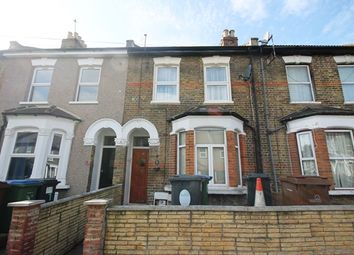 Thumbnail 3 bed flat to rent in Blenheim Road, London
