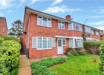 Thumbnail 2 bed maisonette for sale in Meadow Way, Kings Langley