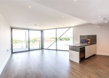 Thumbnail 3 bedroom flat to rent in London