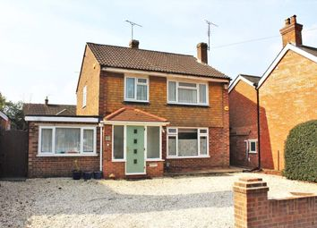 Ash Hill Road, Ash, Surrey GU12. 3 bed detached house for sale