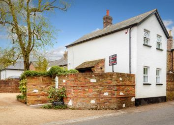 High Road, Chipstead, Coulsdon CR5. 2 bed cottage for sale