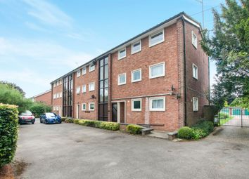Thumbnail 2 bed flat for sale in Ray Park Avenue, Maidenhead