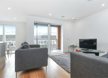 Thumbnail 2 bedroom flat for sale in Lamb Walk, London
