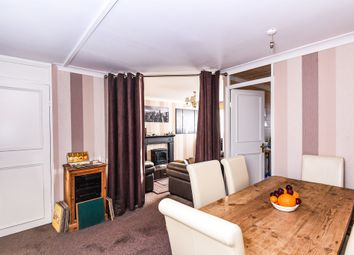 Thumbnail 2 bedroom flat for sale in Andover Road, Holloway N7, London