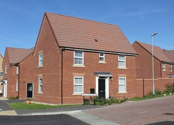 Thumbnail 3 bed detached house for sale in Field View Drive, Hessle