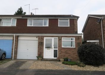 3 bed semi-detached house to rent in Furzedale Gardens, Hythe SO45