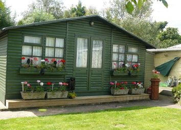 Thumbnail 1 bed bungalow to rent in Dockett Eddy Island, Chertsey