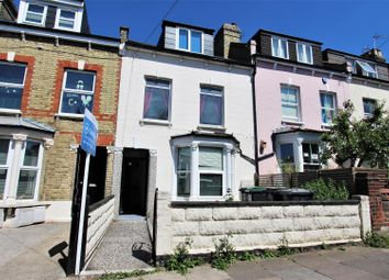 Thumbnail 3 bed flat to rent in Crescent Road, Alexandra Palace