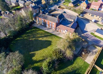 Meadow Drive, Middleton Cheney, Banbury OX17. 2 bed flat for sale