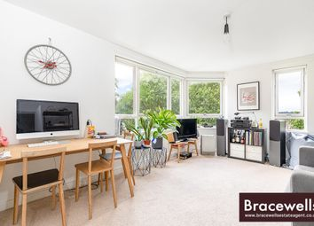 Thumbnail 1 bedroom flat for sale in Haslemere Road, Crouch End
