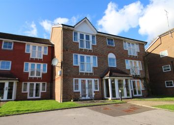 1 bed property to rent in Tuscany Gardens, Crawley RH10