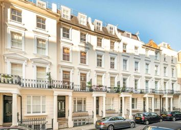 3 bed maisonette to rent in Westbourne Grove Terrace, Bayswater, London W2