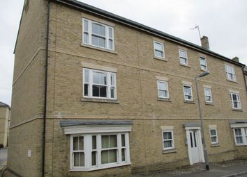 Thumbnail 1 bed flat to rent in Wickham Crescent, Braintree
