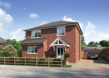 Thumbnail 2 bedroom detached house for sale in Woodlands Road, Farnborough