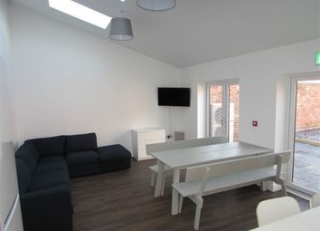 Thumbnail 8 bed barn conversion to rent in Waverley Road, Kenilworth, Warwickshire