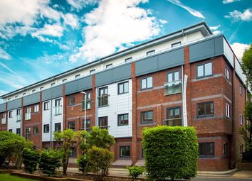 Thumbnail 1 bed flat to rent in Kings House, Cantelupe Road, East Grinstead