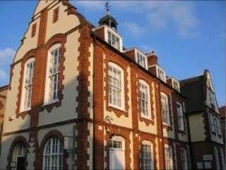 Serviced office to let in Lime Tree Walk, Sevenoaks TN13