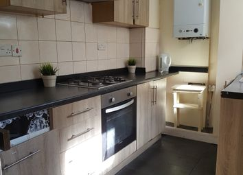 3 bed terraced house to rent in Mona Road, Sheffield S10
