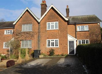 Thumbnail 2 bed cottage for sale in Gravel Lane, Chigwell, Essex
