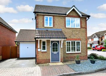 Thumbnail 3 bed detached house to rent in Beatrice Hills Close, Kennington, Ashford