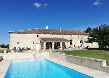 Thumbnail 2 bed country house for sale in Lectoure, France