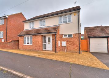 Connaught Way, Billericay CM12. 4 bed detached house