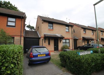 Thumbnail 3 bed property to rent in Merrivale Gardens, Goldsworth Park, Woking