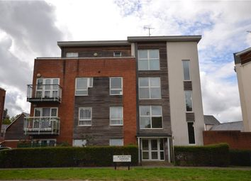 Bourdillon Gardens, Basingstoke, Hampshire RG24. 2 bed flat
