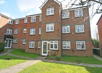 1 bed flat to rent in Abbotsbury Court, Horsham RH13