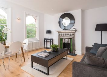 Thumbnail 2 bed flat for sale in Oxford Road North, Chiswck, London