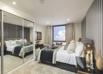 Thumbnail 2 bedroom flat for sale in Wentworth Street, London